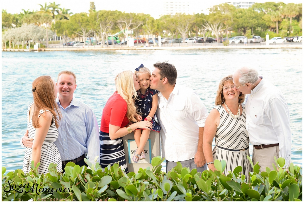 Family Holiday Portraits - South Florida Photographer